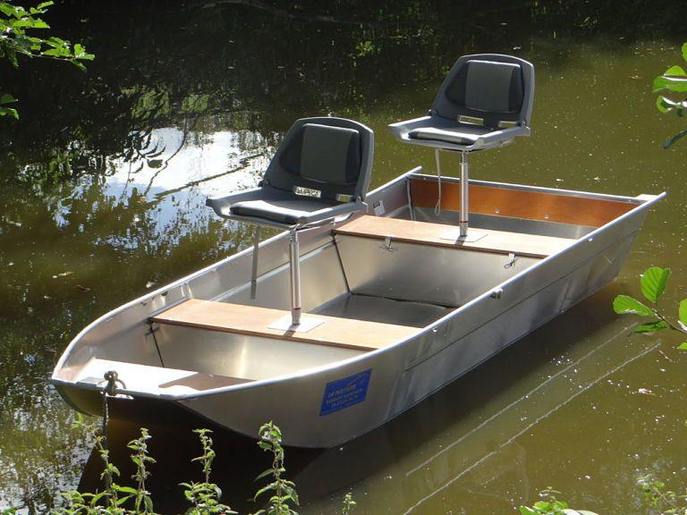 Flachbodenboot  _30