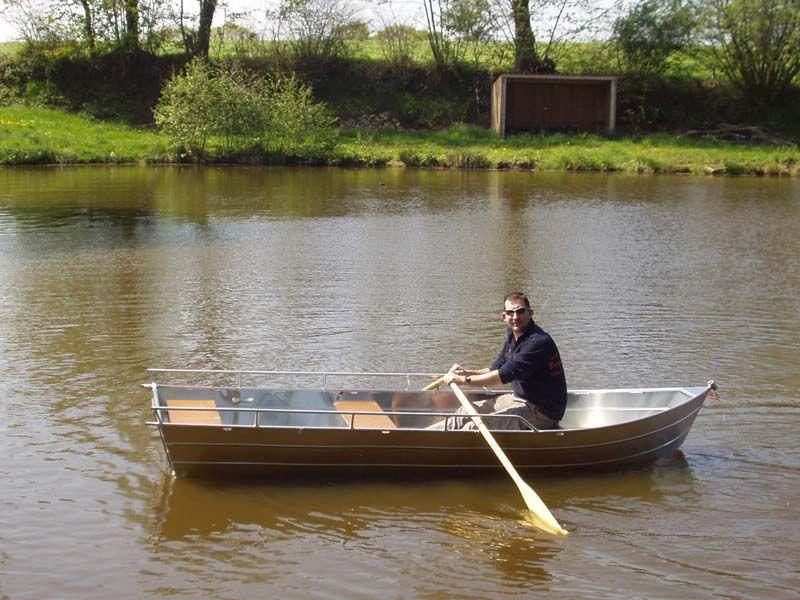 Flachbodenboot (25)
