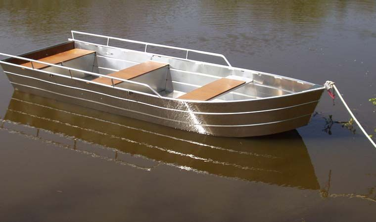Flachbodenboot (40)