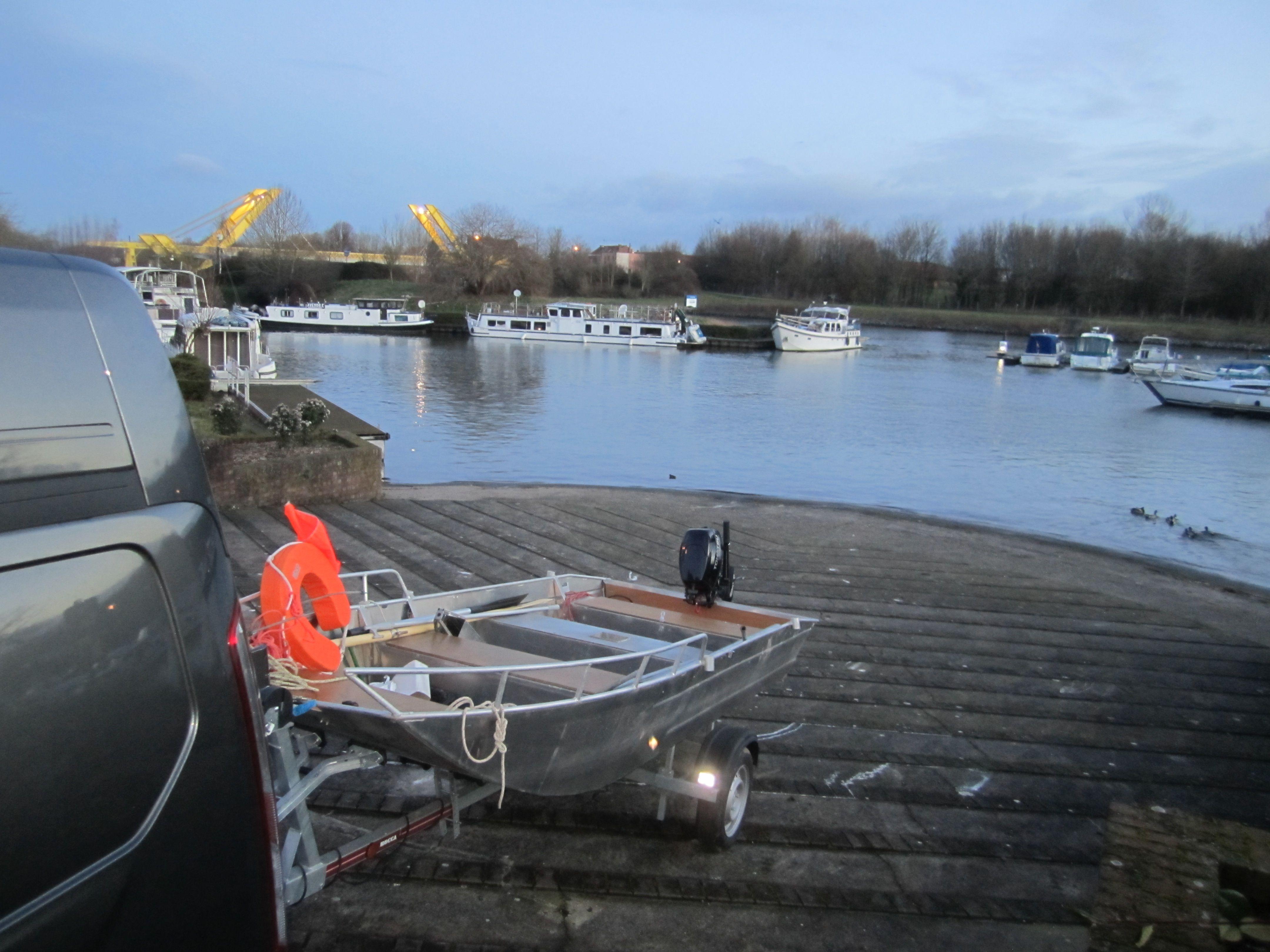 Fischerboot aus Aluminium (9)