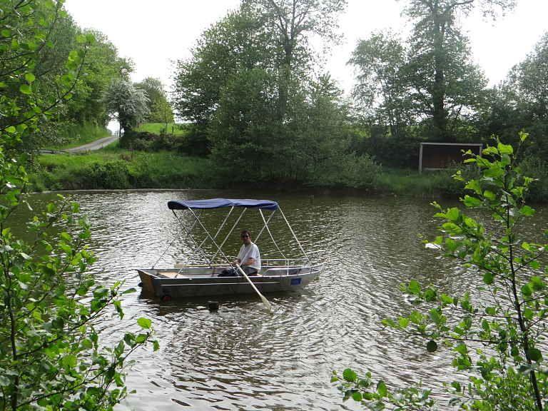 Leichtes Fischerboot (11)