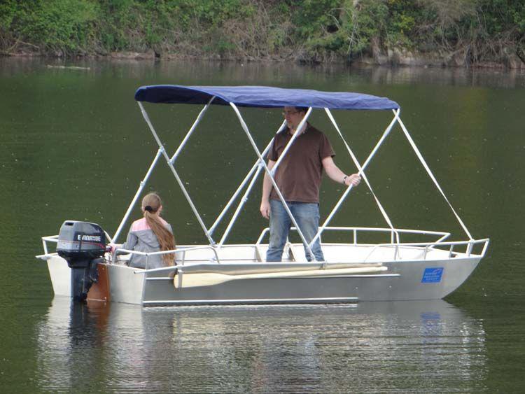 Leichtes Fischerboot (7)