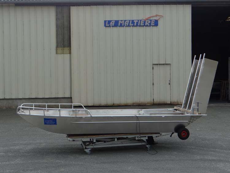 Tragflächenboot (2)
