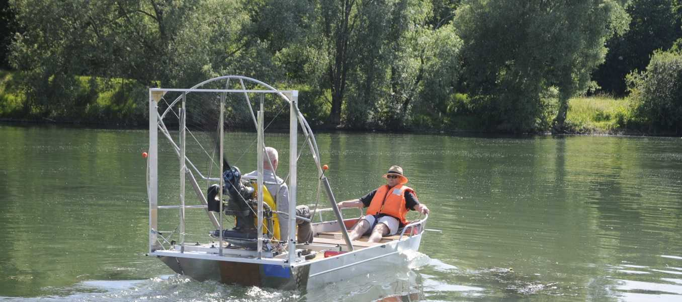 Leichtes-Fischerboot