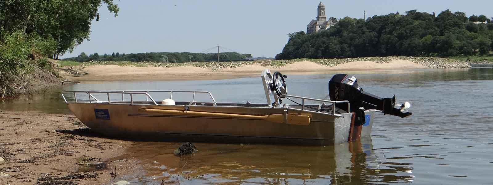 Freizeit- und Ausflugsboot