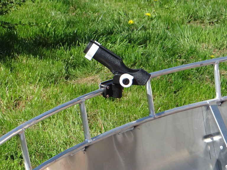 Aluminiumboot - schwarzer Rohrstockhalterung (5)